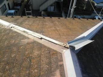 施工前、コロニアル屋根