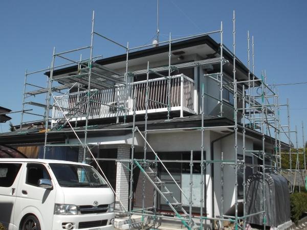 大田原市で火災保険適用の雨樋交換工事と破風板塗装をしました。