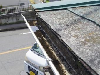 真岡市S様邸、下屋根の曲がり部分の水の溜まり