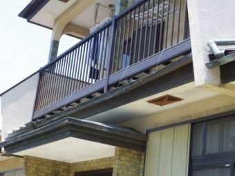 1階軒樋部分の破損個所です