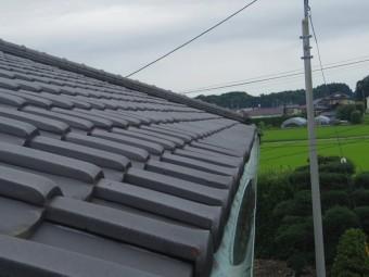 芳賀町O様邸軒樋、下にボタボタ落ちる部分