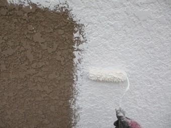 外壁のフィラー塗装中です