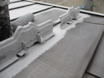 雪止めのさび止め塗装が終了しました