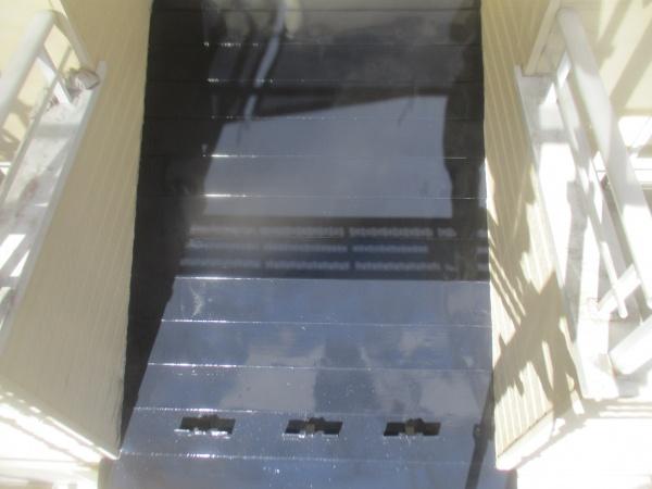1階屋根の上塗りが終了しました