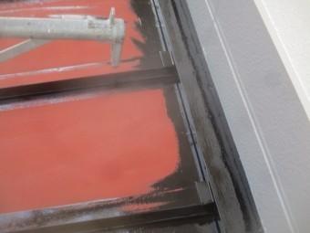 1階の屋根の刷毛塗装が終了しました