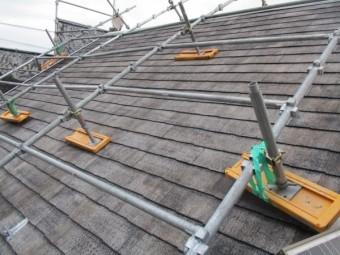 コロニアル屋根の下塗りが終了しました