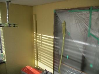 2階外壁ベランダ周りの上塗りが終了しました