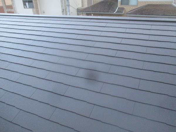 下屋根の中塗りが終了しました