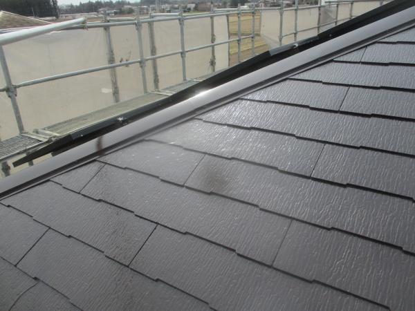 屋根の上塗り塗装が終了しました