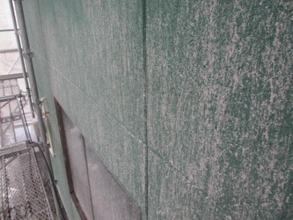 屋根洗浄後の1階外壁の状態です