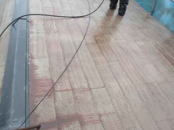 2階屋根の高圧洗浄が終了しました