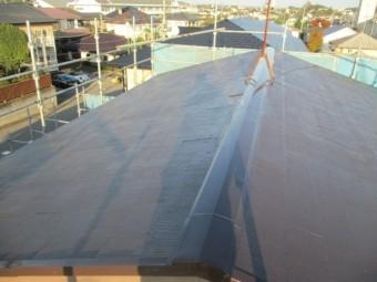 2階屋根の上塗りが終了しました