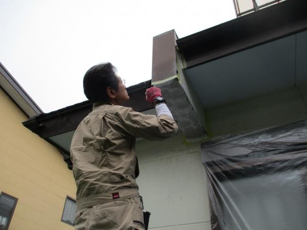 宇都宮市でモルタル製外壁の袖壁修復で塗装をしました。