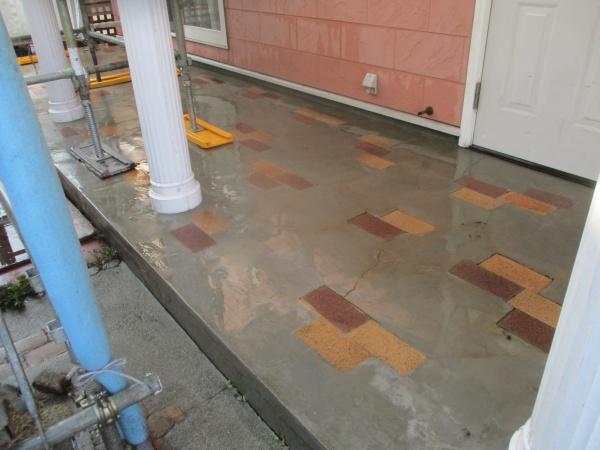 洗浄後の玄関アプローチの状態です