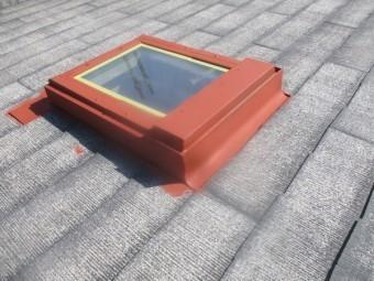 天窓金属枠のさび止めが終了しました