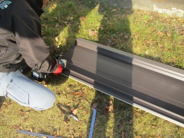 宇都宮市で45ロックを使い瓦棒板金屋根のカバー工事をしました