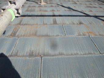 施工前のコロニアル材の表面です
