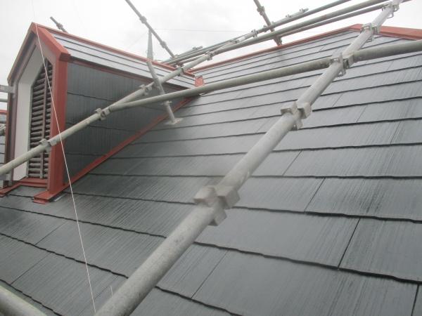 屋根のプライマーの塗装が終了しました