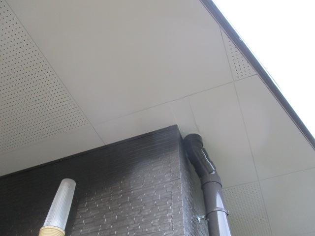軒天の補修をしました
