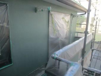 外壁塗装の中塗りが終了しました