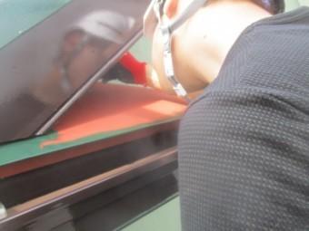 板金屋根の刷毛見切り塗装中です