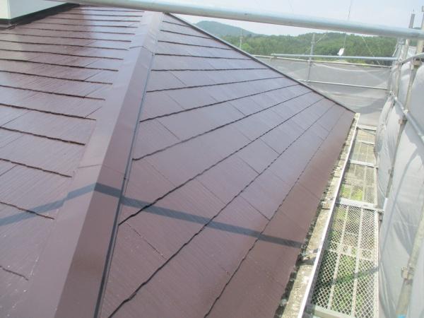 スレート屋根の東面の完工です