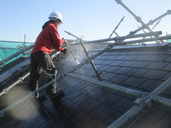 大屋根の洗浄中です