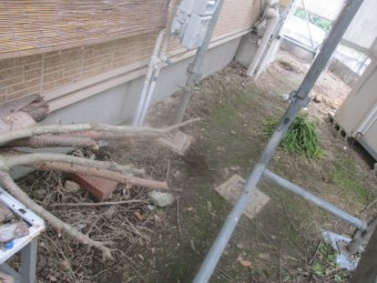 土間養生を剥がして清掃しました