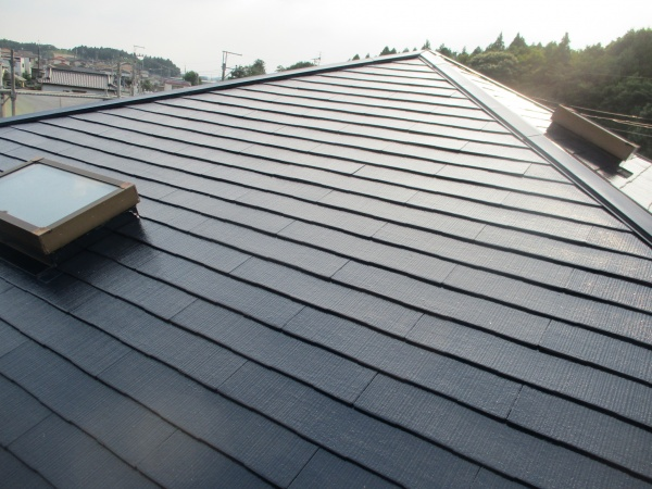 スレート屋根の完工です