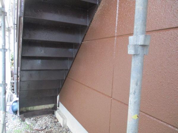 階段塗装の完工です