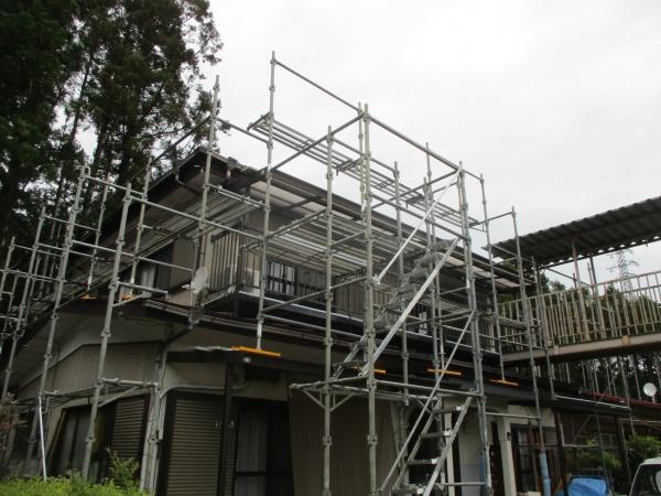 日光市でベストシーラーKを使い防水塗装の下塗りと雨樋工事をしました