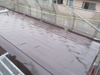 ドーム屋根部分の中塗りが終了しました