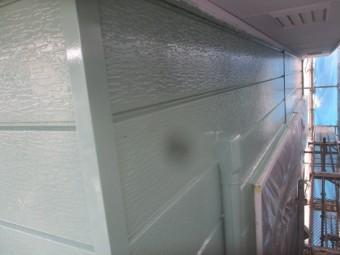 サイディングの中塗りが終了しました