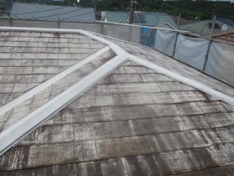 屋根の下塗りが終了しました