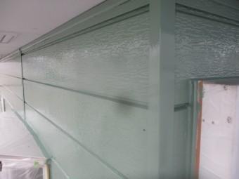 サイディングの上塗りが終了しました