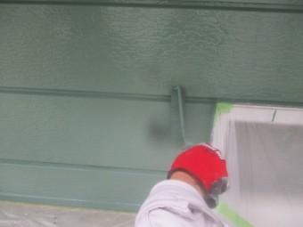 外壁の上塗り中です
