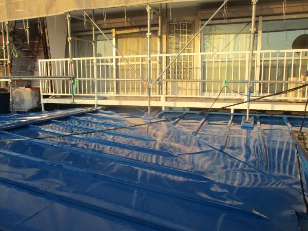瓦棒板金屋根の上塗りが終了しました
