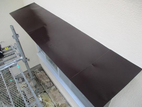 出窓天板の上塗りが終了しました