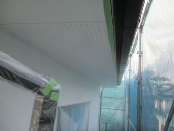 2回目の軒天塗装が終了しました