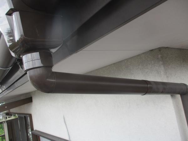 集水器と呼び樋を繋ぎました