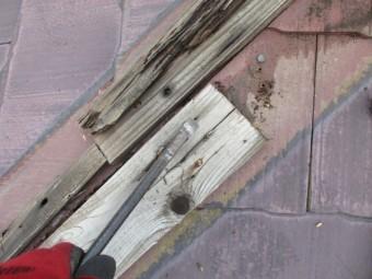 貫き板の撤去中です