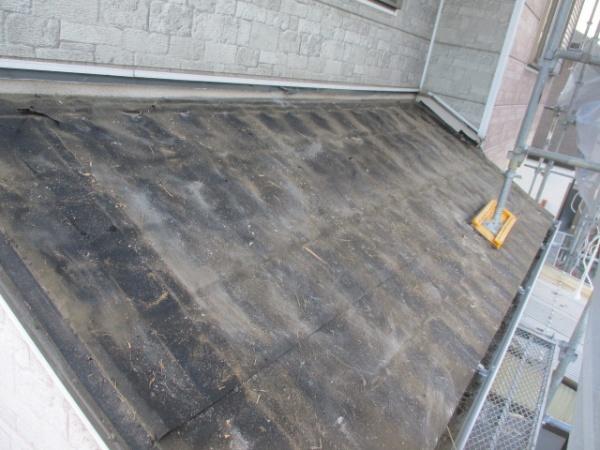 下屋根の屋根材撤去が終了しました