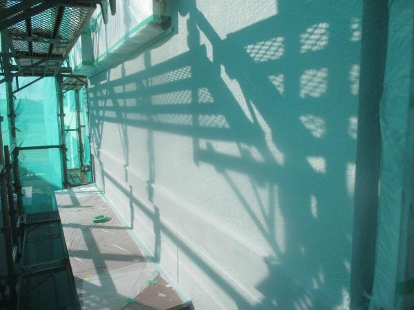 外壁の下塗りが終了しました