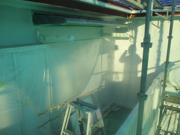 2階外壁の中塗りが終了しました