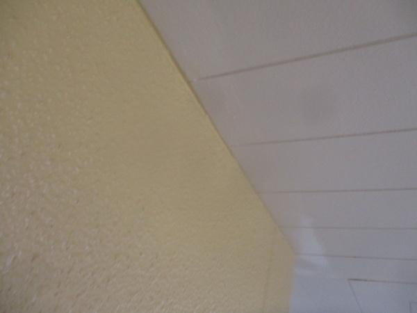 軒天の補修作業が終了しました