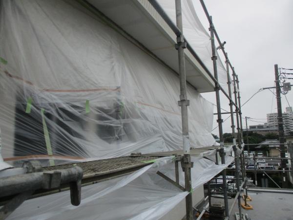 宇都宮市で軒天と外壁塗装をしてパラペット補修工事が完工しました