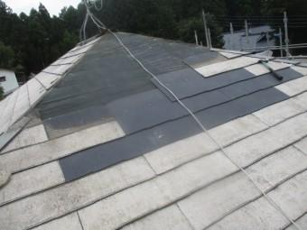 既存のスレート屋根材が貼り終わりました