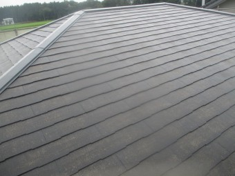 スレート屋根の洗浄が終了しました