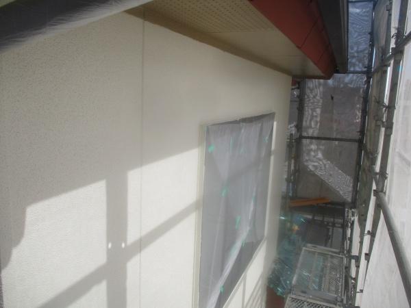 軒天塗装が終了しました