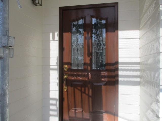 玄関ドア塗装完了です